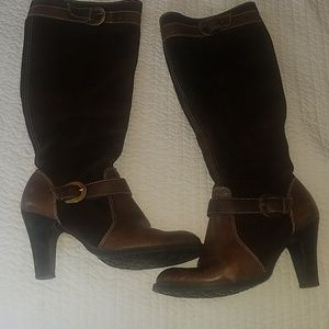 Suede and leather heeled boots size 6.5